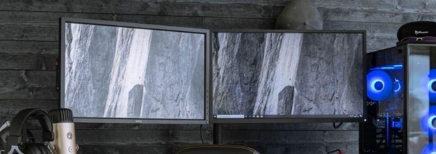 Bord med 2 gaming skærm 144hz