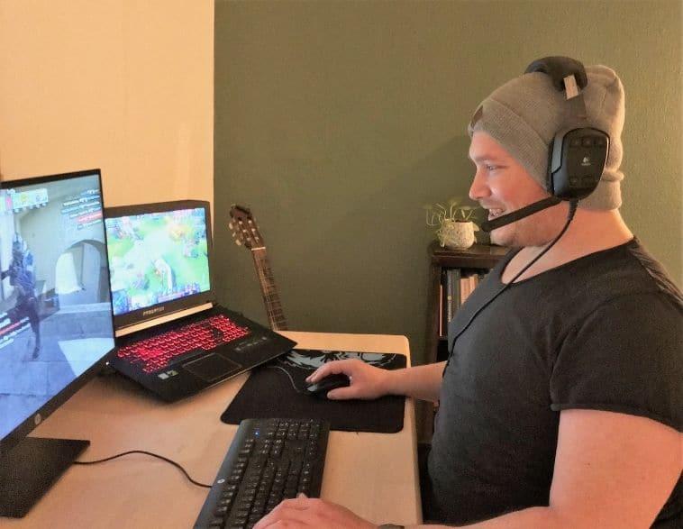 Niklas Nyblom gamer diverse titler